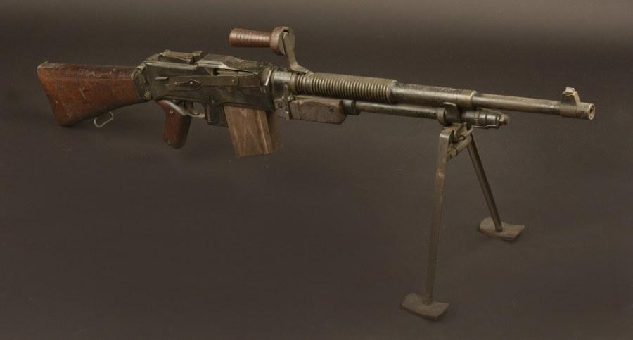 Fusil mitrailleur Belge Herstal. Catégorie C9
