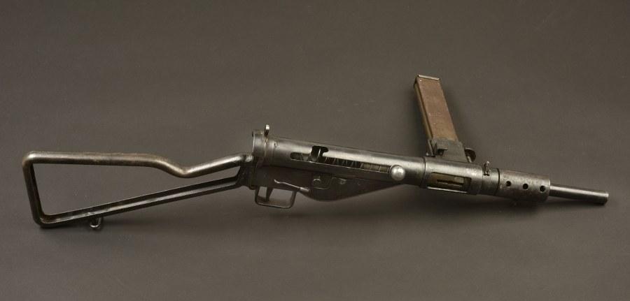 Pistolet mitrailleurs Sten Catégorie C9