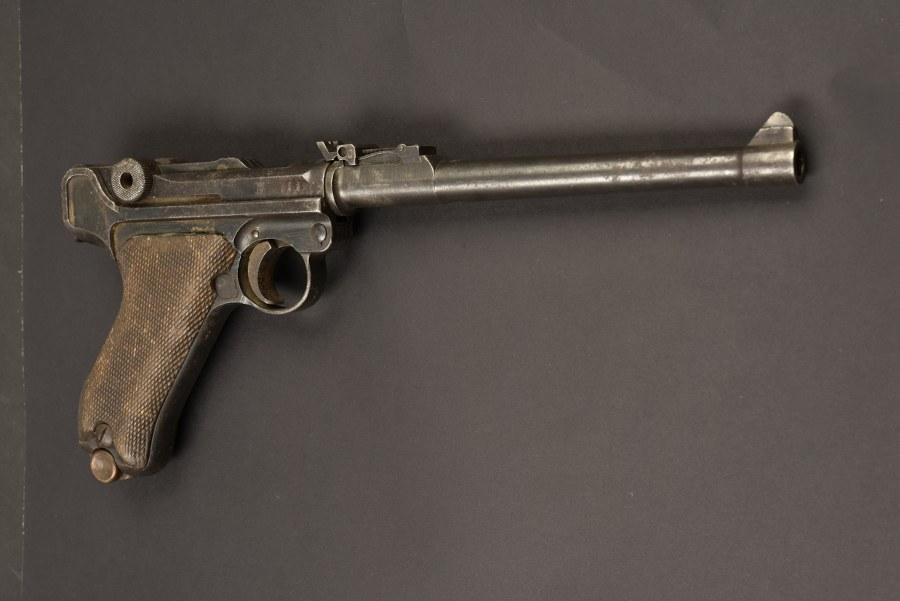 Pistolet LUGER P08 Artillerie. Catégorie C9