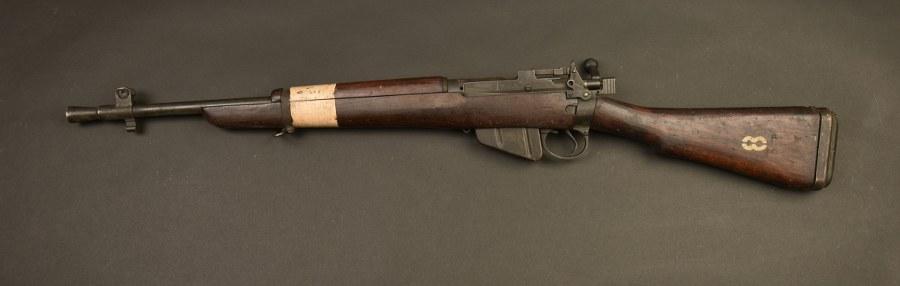 Carabine ENFIELD N°5MK1 JUNGLE CARBINE. Catégorie C10
