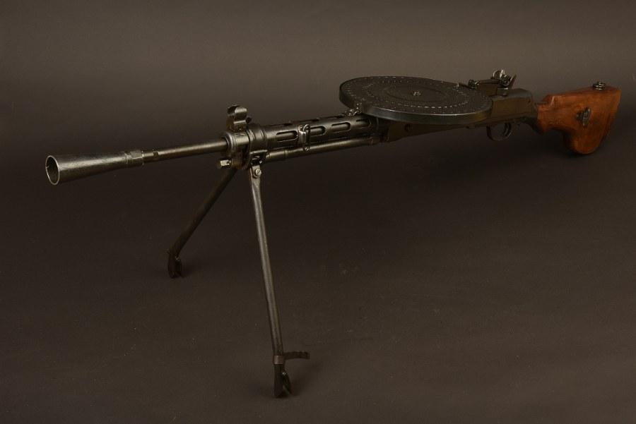 Fusil mitrailleur DEGTYAREV DP28. Catégorie C9