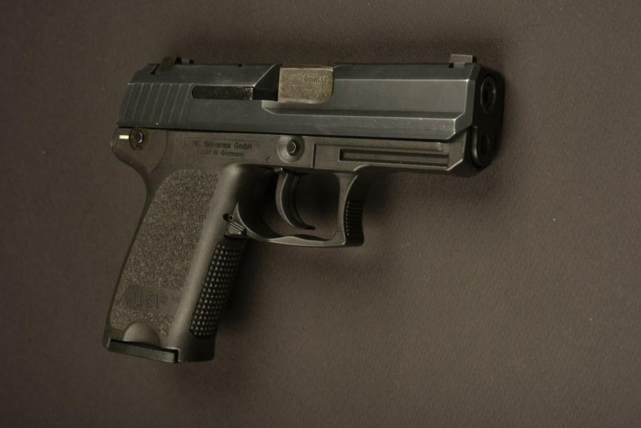 Pistolet HK utilisé par Tom Cruise dans le film Mission Impossible 6. Catégorie C9