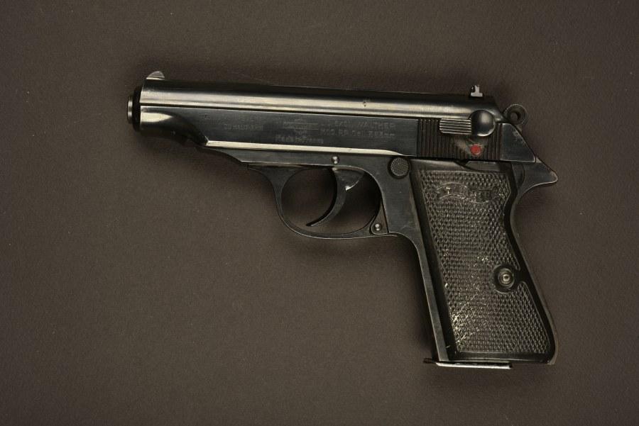 Pistolet Walther PP utilisé par Jean Dujardin dans le film OSS 117. Catégorie C9