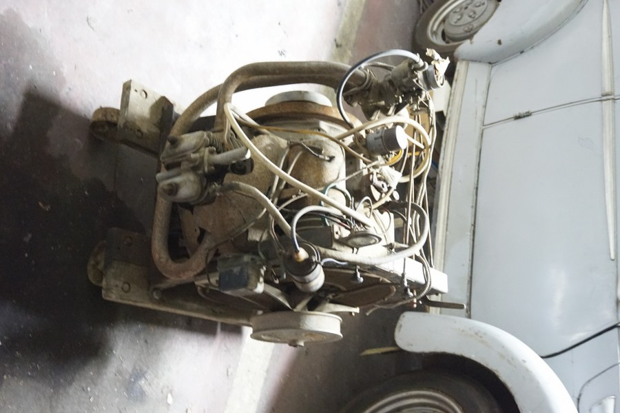 Un moteur PANHARD type BL.A2.