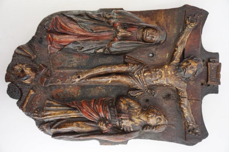 Bas relief en bois XVIIeme ? Avec Christ. H: 48 x 38,5 cm