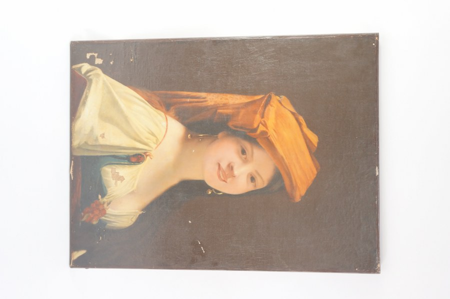 Huile sur toile. Portrait d' une bohémienne. École français edu XIXe siècle. Rentoilée. Quelques manques à la peinture. 61 x 46 cm.