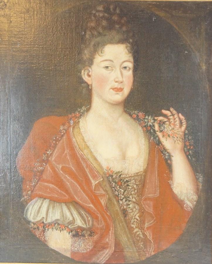 Portrait d'une dame de qualité. Huile sur toile. École française de la fin du XVIIe - Début du XVIIIe siècle. 78 x 65 cm. Restaurations, rentoilage, format ovale mis en carré.