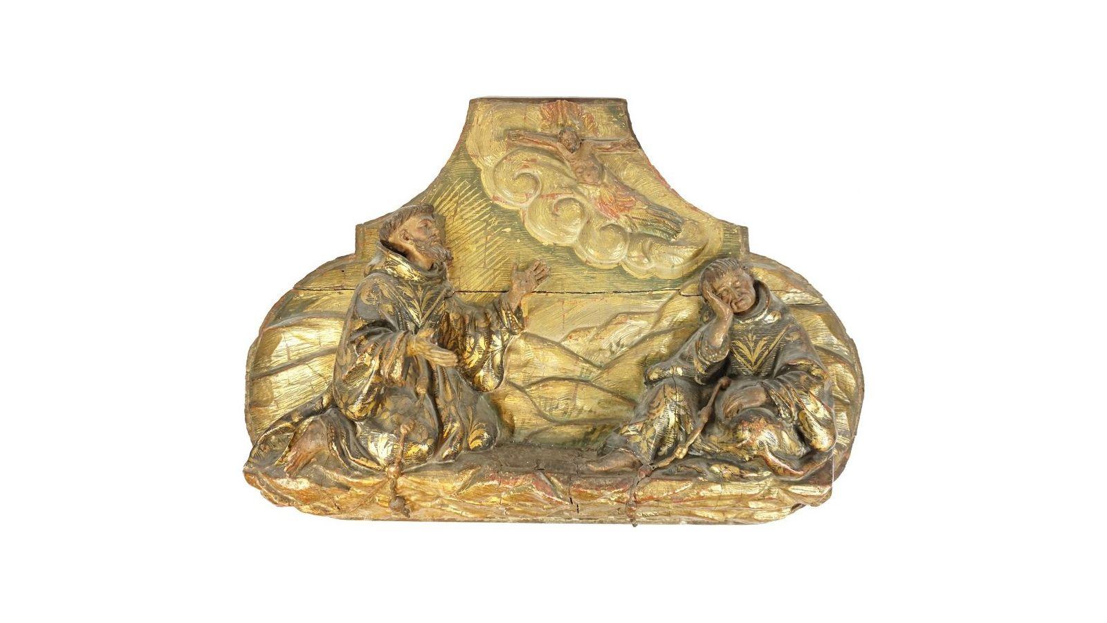 Panneau en bois sculpté, polychromé et doré représentant saint François d'Assise recevant les stigmates.